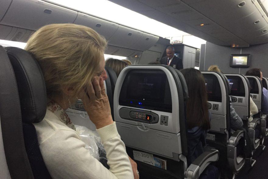 Por qué duelen los oídos al viajar en avión?