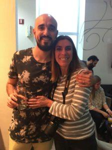 Claudia junto a Abel Pintos
